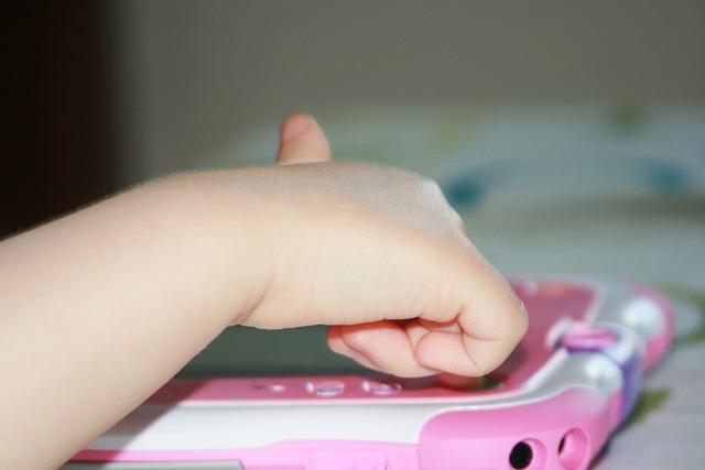 Kleinkinder und Tablets