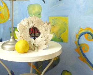 herbstkranz zum basteln aus alten b chern kidslife das elternmagazin. Black Bedroom Furniture Sets. Home Design Ideas