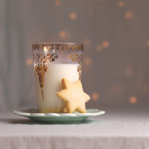 studio-louvain-instagram-christmas-milk-cookies