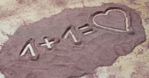 love-1731755_640