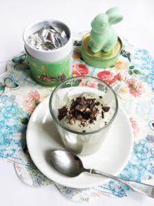 Kokos-Matcha-Mousse