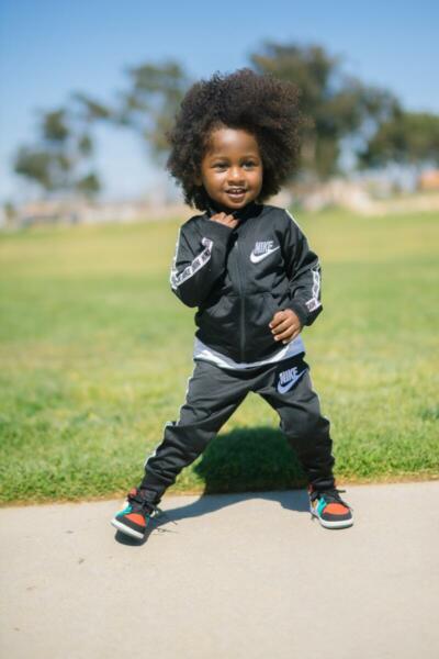 Starker Rücken - Kind beim Sport